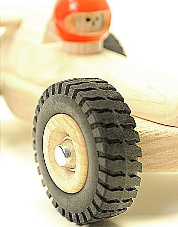 Kinderspeelgoed op wielen: auto's, vrachtwagens en meer